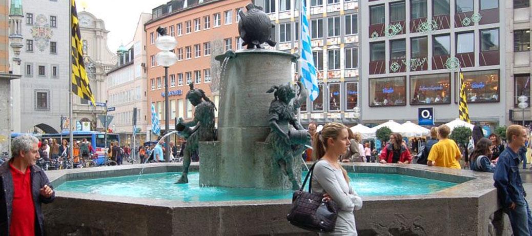 Marienplatz - Herzlich willkommen am Münchner Marienplatz